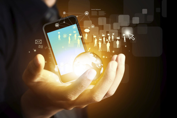 mobile-apps-crowdsourcing-via-social-media-network-thinkstock-100618594-primary.idge-